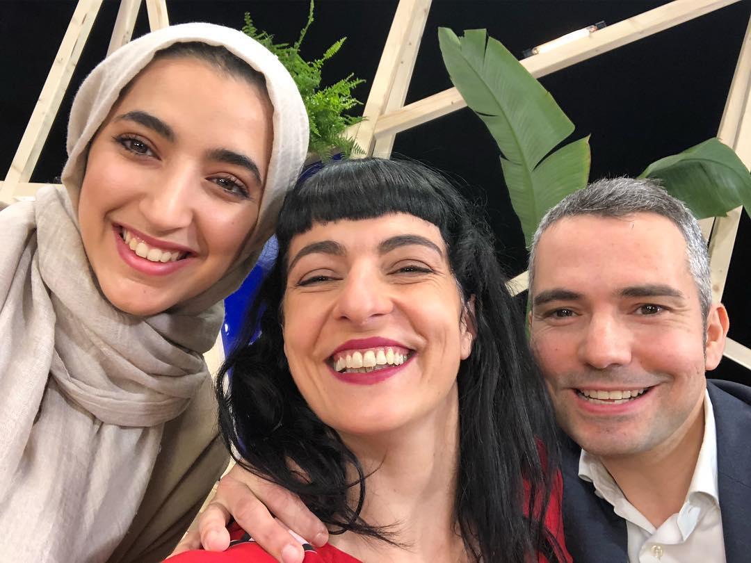 Un plaer compartir plató del #revoluciotv3 amb @absolutelykhaoula i @jordi_arrufi