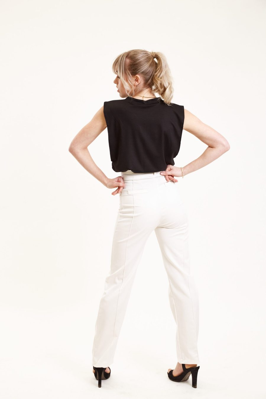 Dawn pants outfit bright white back