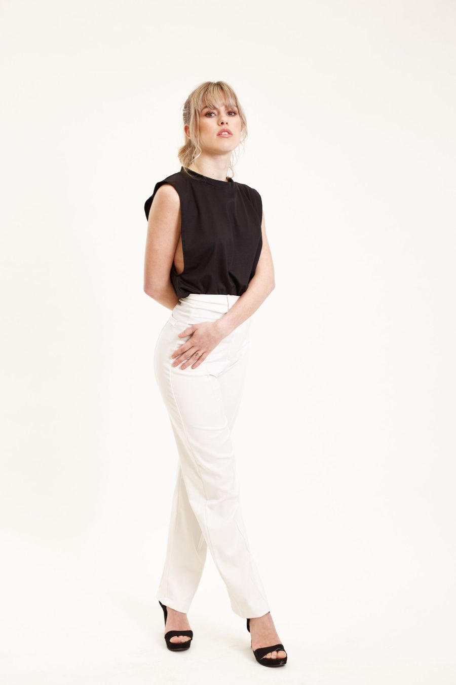 Dawn pants outfit bright white side