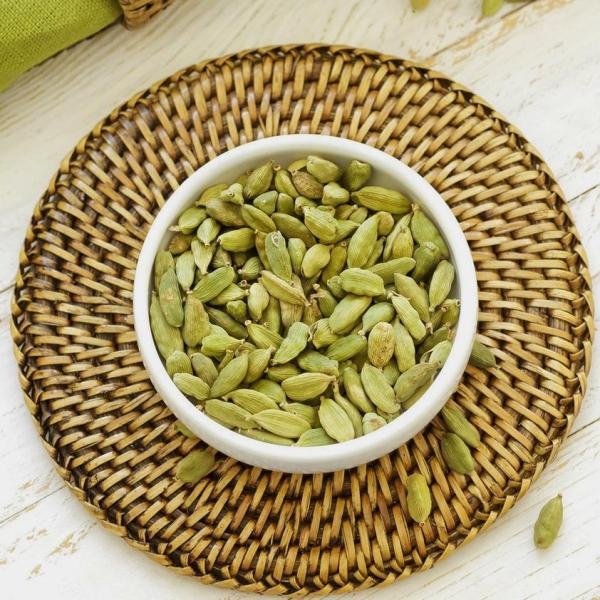 Fairtrade Cardamom (whole) by Cha's Organics available on Rosette Fair Trade's online store