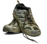 10019660-dirty-work-shoes-on-white-background