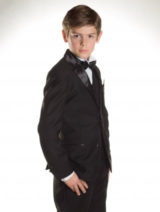 Young gentleman looking daper in a tux