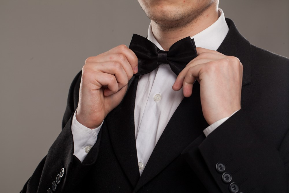 Five Ways The Groom Can Stand Out In His Wedding Suit From The Crowd