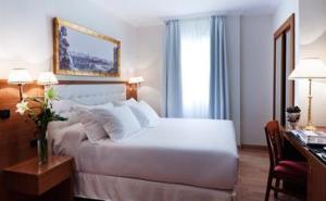 H10 Sevilla, habitación