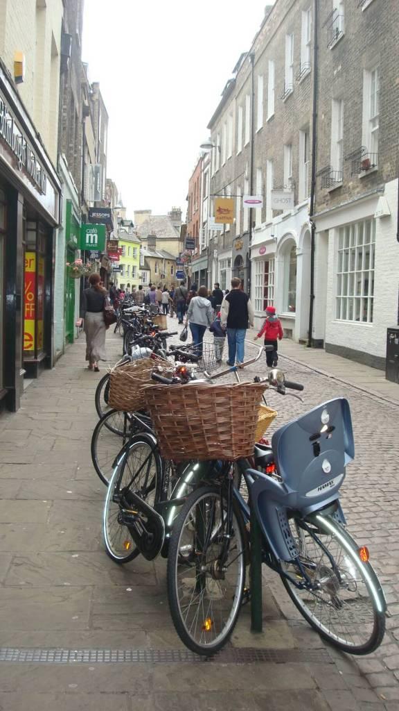 Bicis en Cambridge, una de las primeras cosas que vamos a ver cuando lleguemos a la ciudad