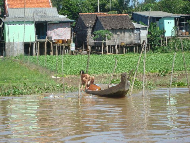 Camboya, navegando por el Mekong.