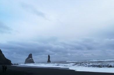 La playa de Reynisfjara en Islandia