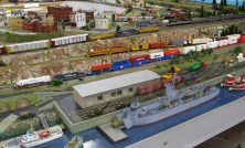 Photos - N Scale Layout - PORT REEVES CROPPED