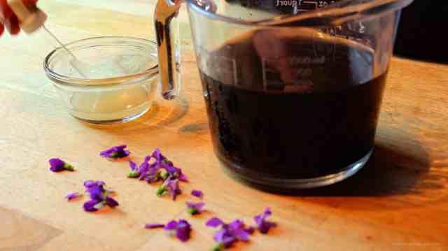 Homemade Wild Violet Syrup, making violet syrup, making violet syrup, violet syrup making, by Rosevine Cottage Girls