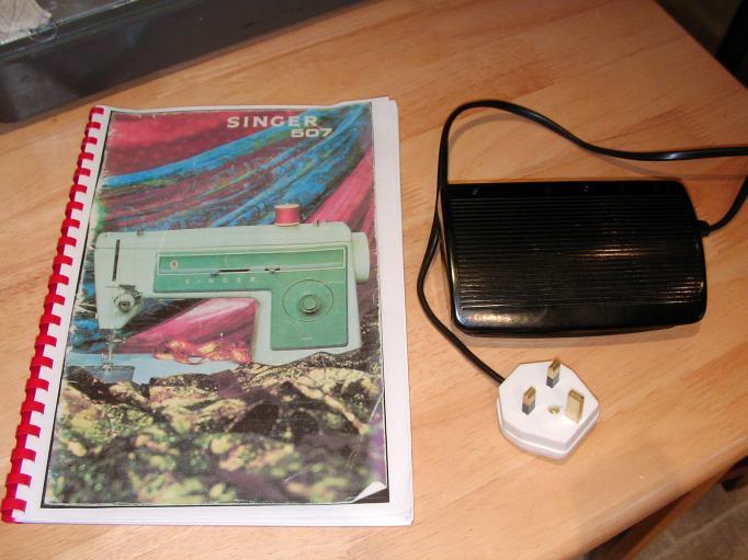 Singer 507 accessories