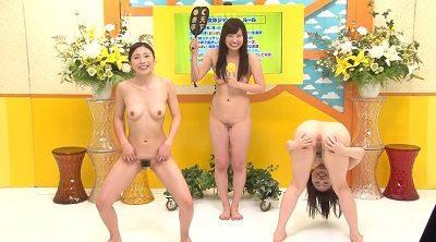 全裸で破廉恥ポーズの女子アナ