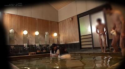 のん・まりん 箱根温泉で見つけた修学旅行中の学生さん 友達と一緒に男湯入ってみませんか? サンプル9