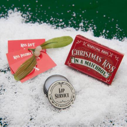 original_mistletoe-christmas-gift-in-a-matchbox