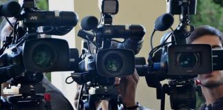 СМИ, пиар, камеры, ТВ