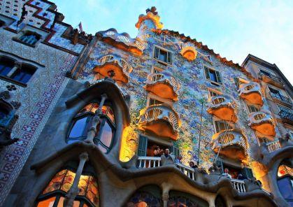 Antoni Gaudi architektura (11)