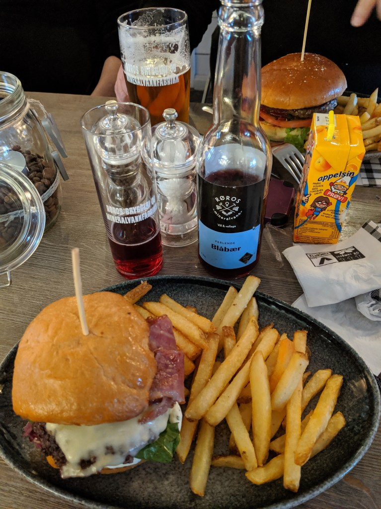 Reindeer burger and Blueberry soda at Kaffestuggu - Roros