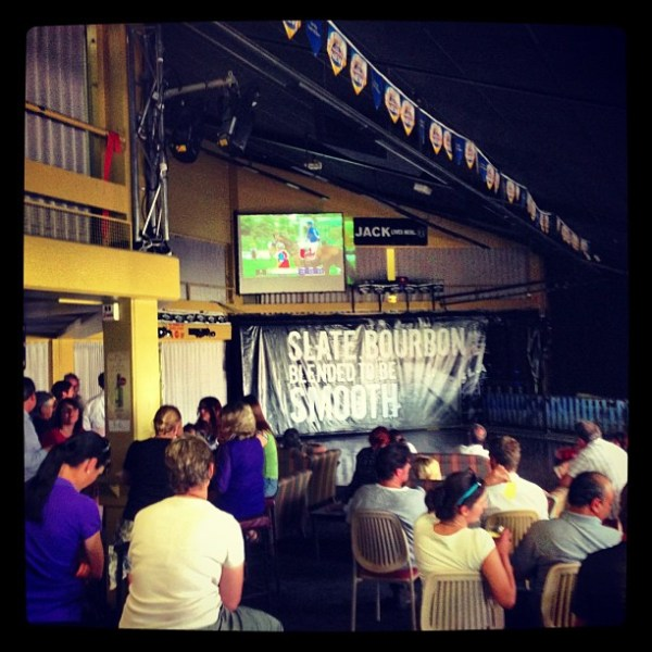 Smaller screen, bigger crowd... & a bar...