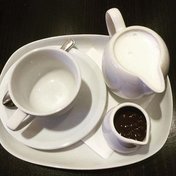 Lindt Signature Dark Hot Chocolate