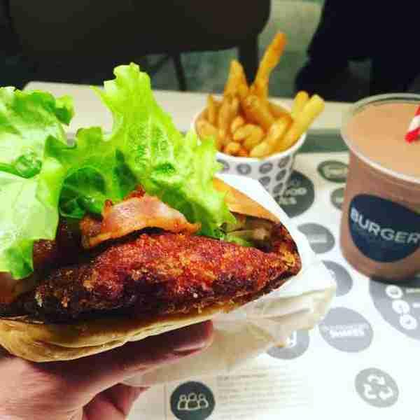Fried chicken & bacon katsu @burgerproject