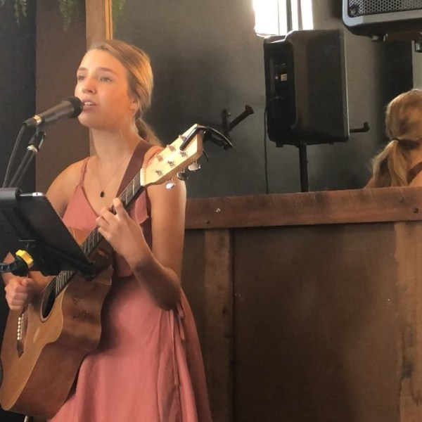 'Heart Place' by up & coming young singer/songwriter, Hattie Oates from Australia's country music capital @hattie_oates_music