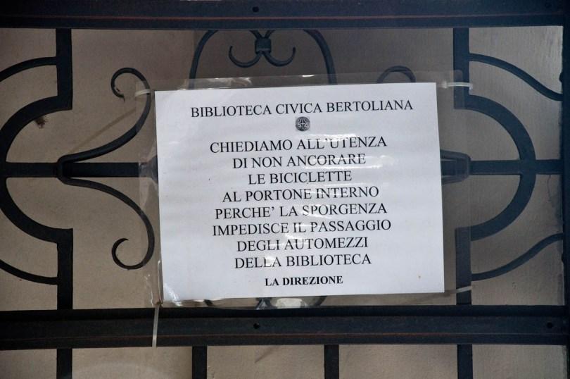 Warning sign, Biblioteca Civica Bertoliana, Vicenza, Veneto, Italy