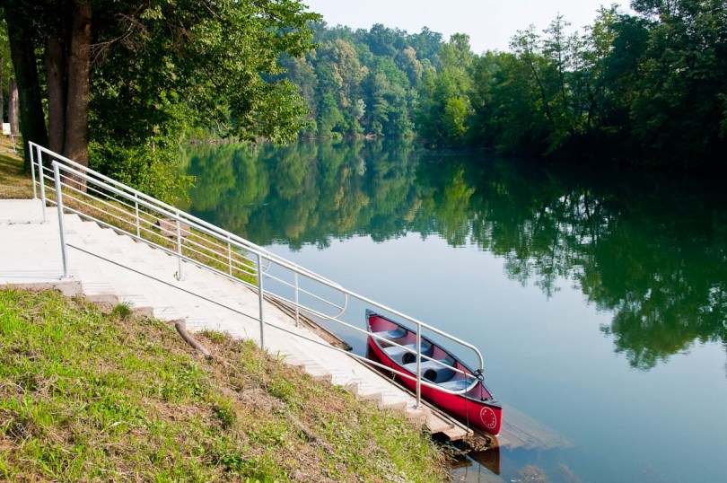 A moored canoe on the river Kolpa, Big Berry glampsite, Bela Krajina, Slovenia - www.rossiwrites.com