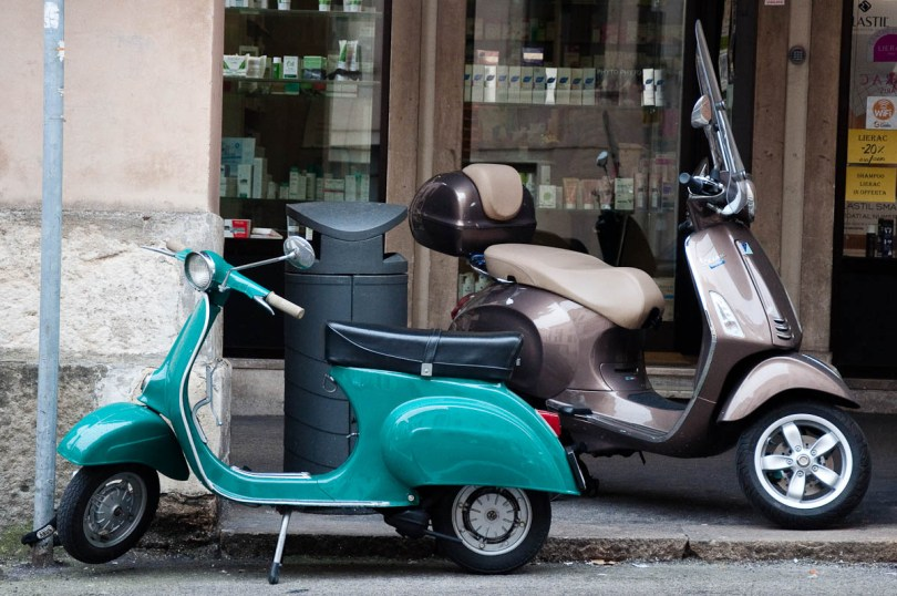 A tiny scooter, Vicenza, Italy - www.rossiwrites.com