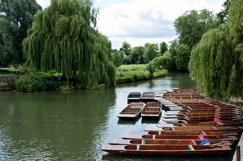 Punts on the river Cam, Cambridge, England - www.rossiwrites.com