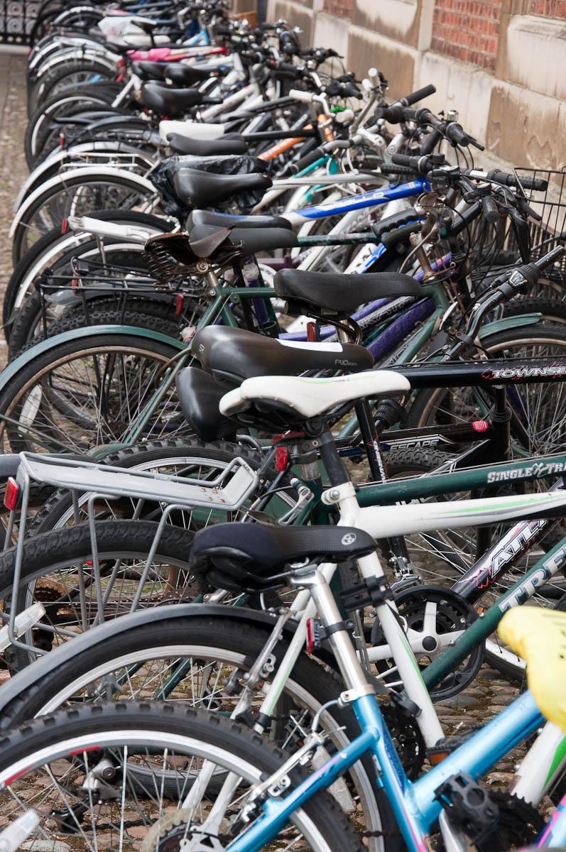 Student bikes, Pembroke College, Cambridge, England - www.rossiwrites.com