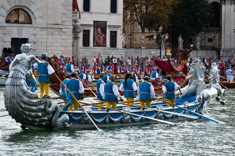 A sumptuous boat, Historical Regatta, Venice, Italy - www.rossiwrites.com