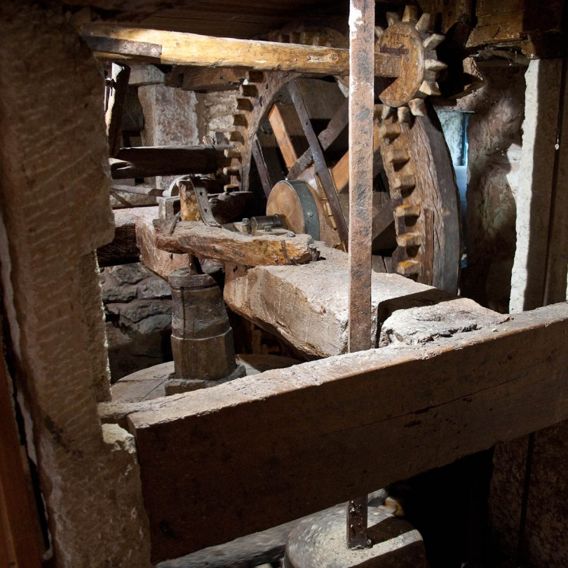 What makes the mill go round, Veraghi's Mill, Molina, Province of Verona, Italy - www.rossiwrites.com