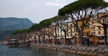 The promenade - Garda, Lake Garda, Italy - www.rossiwrites.com