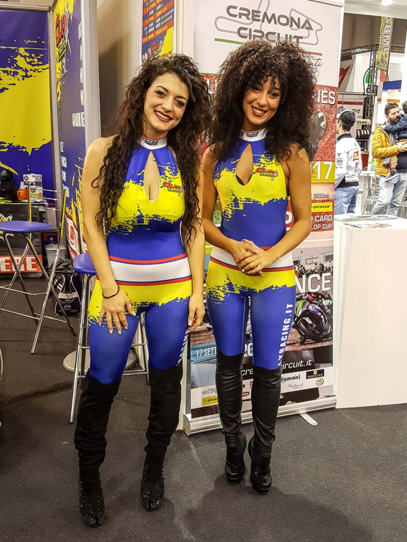 Smiling girls - Verona Motor Bike Expo 2017, Italy - www.rossiwrites.com