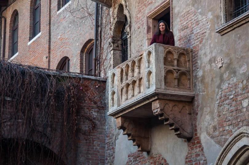 Juliet's Balcony - Juliet's House, Verona, Italy - www.rossiwrites.com