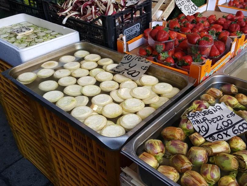 Trimmed artichoke hearts - Rialto Market, Venice, Italy - www.rossiwrites.com