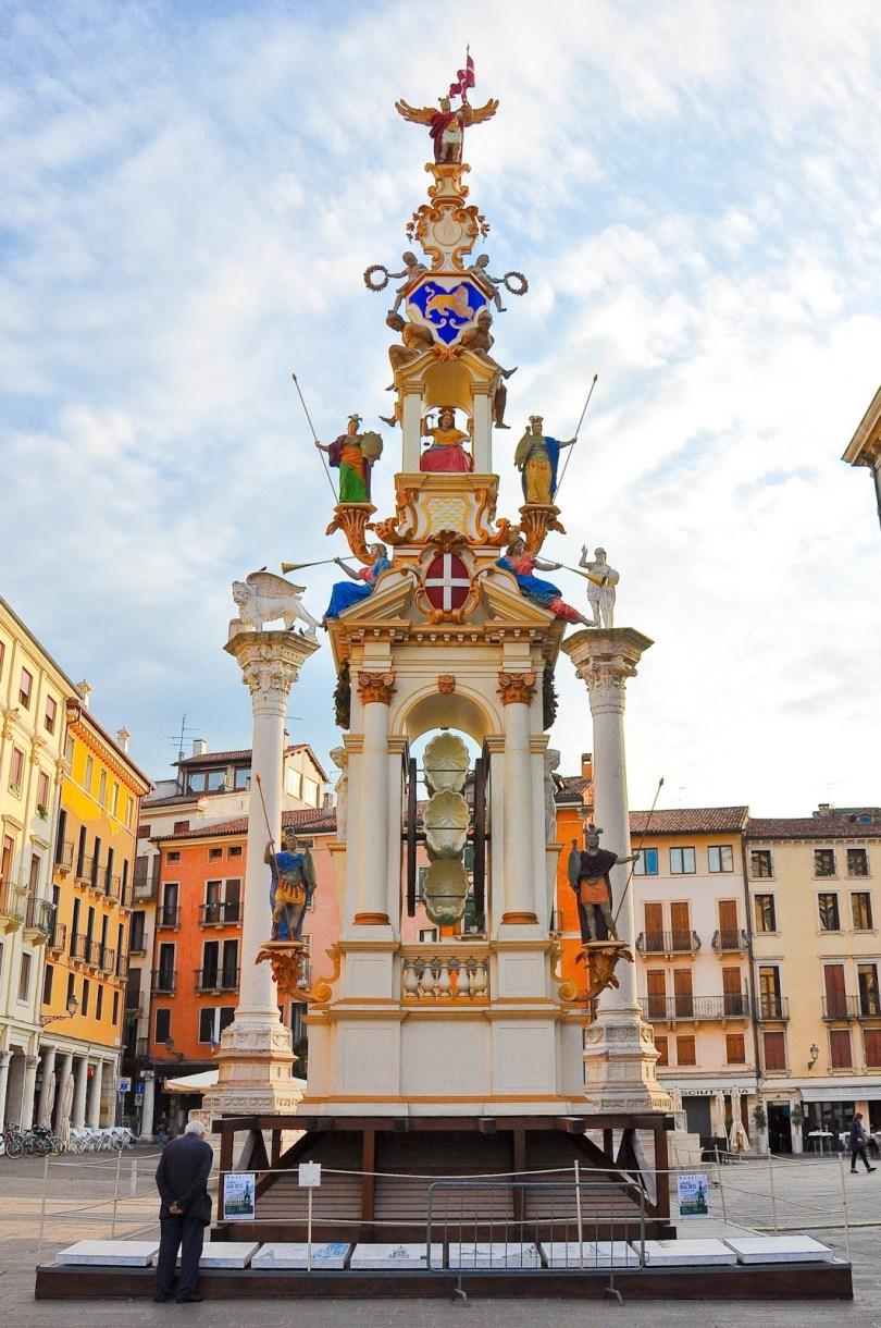Giro della Rua 2015- Piazza dei Signori, Vicenza, Italy - www.rossiwrites.com