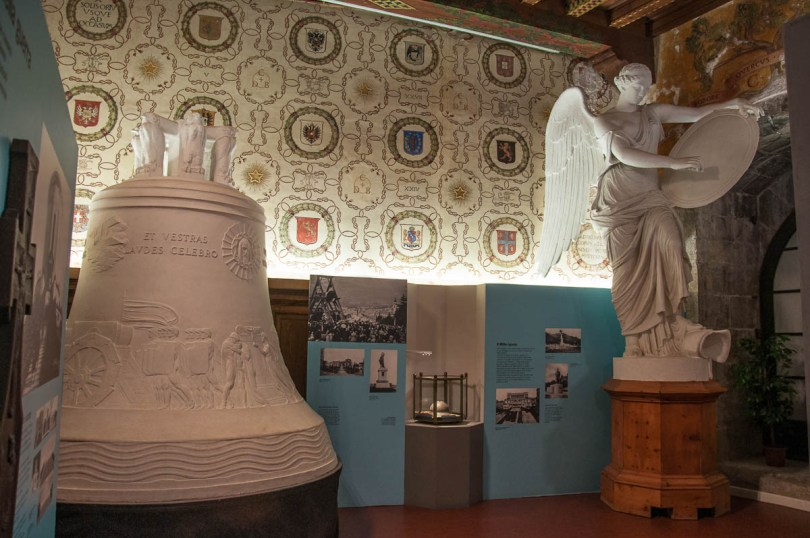 Plaster model of the Bell of the Fallen and the statue of the Winged Victory - Italian War History Museum - Rovereto, Trentino, Italy - www.rossiwrites.com