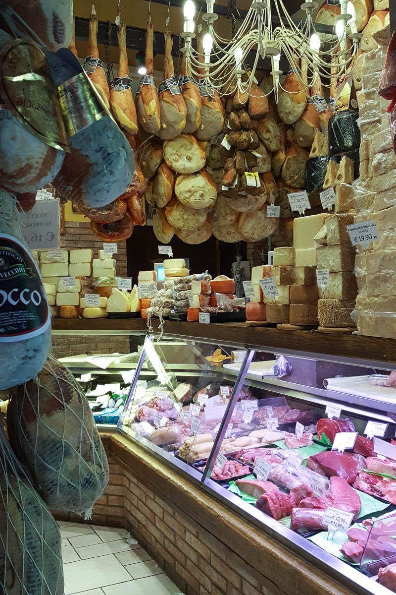 A deli shop, The Old Market in the Quadrilatero - Bologna, Emilia-Romagna, Italy - www.rossiwrites.com