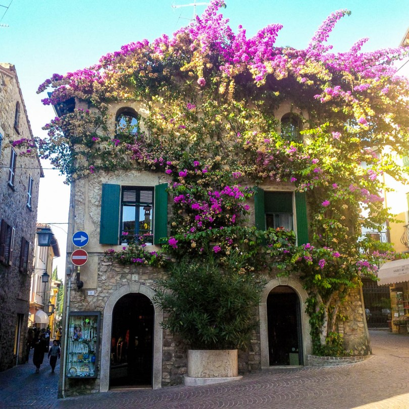 Beautiful house - Sirmione, Garda Lake, Italy - www.rossiwrites.com