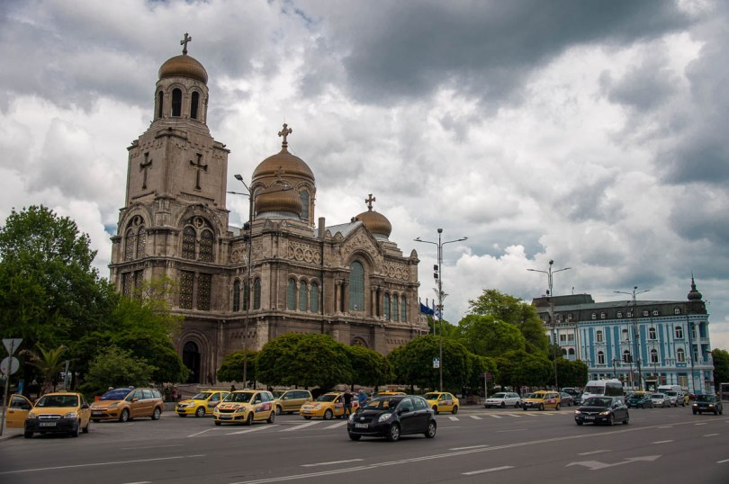 Dormition of Virgin Mary Cathedral - Varna, Bulgaria - www.rossiwrites.com