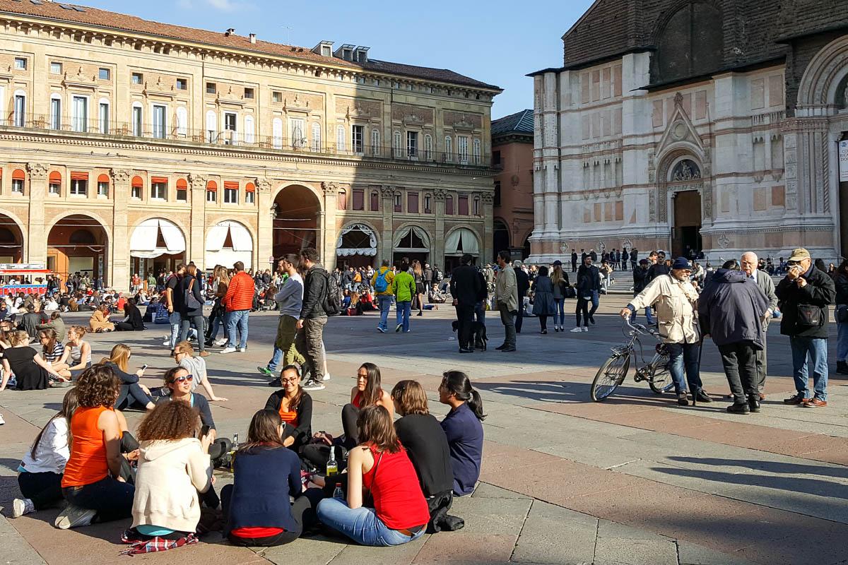 49cd8f7c6a3102 Piazza Maggiore - Bologna