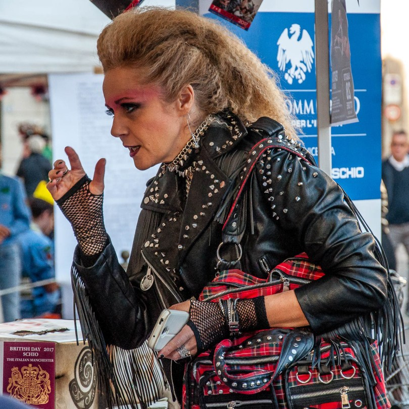 A lady with a punk outfit - British Day Schio - Veneto, Italy - www.rossiwrites.com