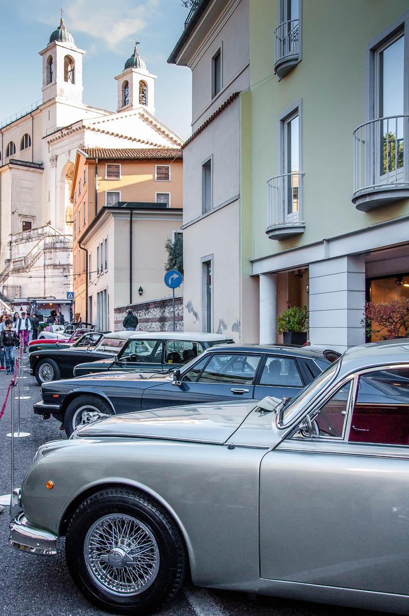 Parade of Vintage British cars - British Day Schio - Veneto, Italy - www.rossiwrites.com