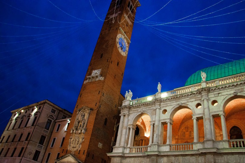The Torre Bissara at Piazza dei Signori with Christmas lights - Christmas in Vicenza - Veneto, Italy - www.rossiwrites.com