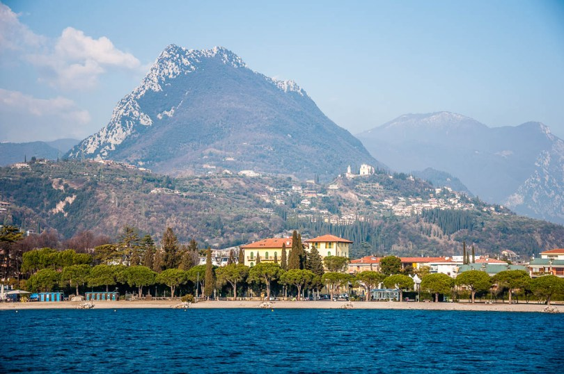 Maderno seen from the ferry coming from Torri del Benaco - Lake Garda, Italy - www.rossiwrites.com