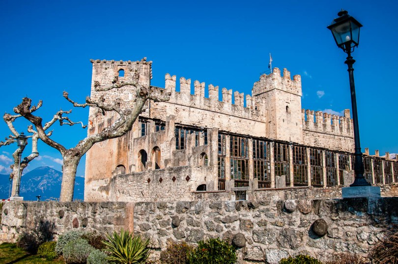 The 14th century Scaliger Castle - Torri del Benaco - Lake Garda, Italy - www.rossiwrites.com