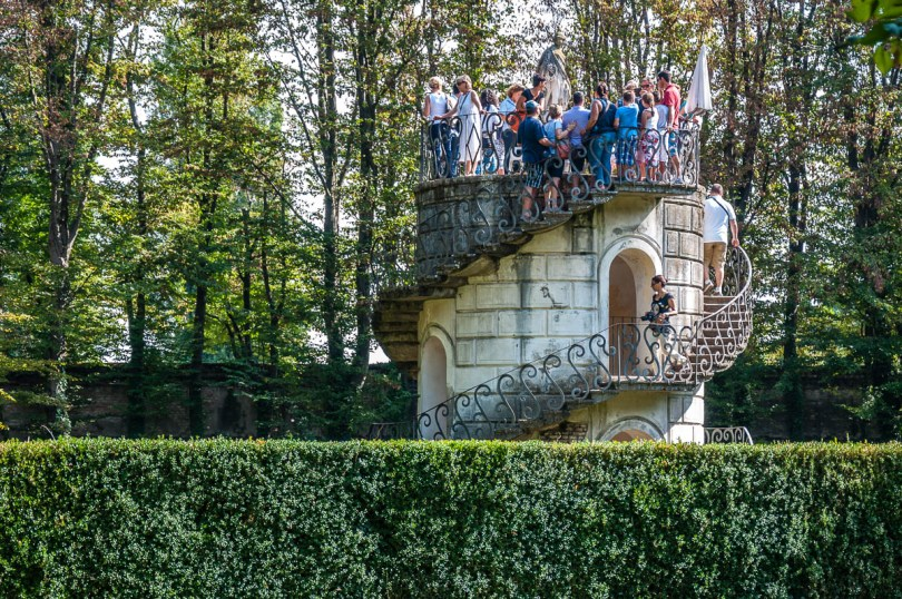 The turret in the maze - Villa Pisani, Stra, Veneto, Italy - www.rossiwrites.com