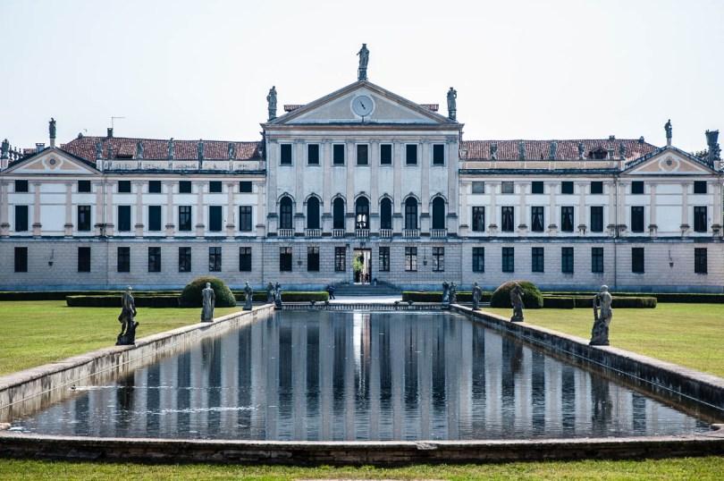 The pool - Villa Pisani, Stra, Veneto, Italy - www.rossiwrites.com