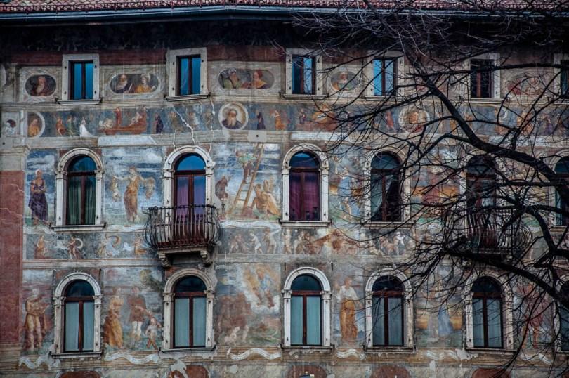 Frescoed House - Piazza del Duomo, Trento - Trentino, Italy - www.rossiwrites.com