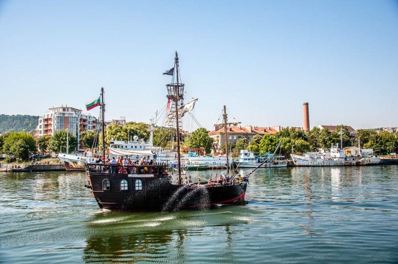 Pirate boat - Varna, Bulgaria - www.rossiwrites.com